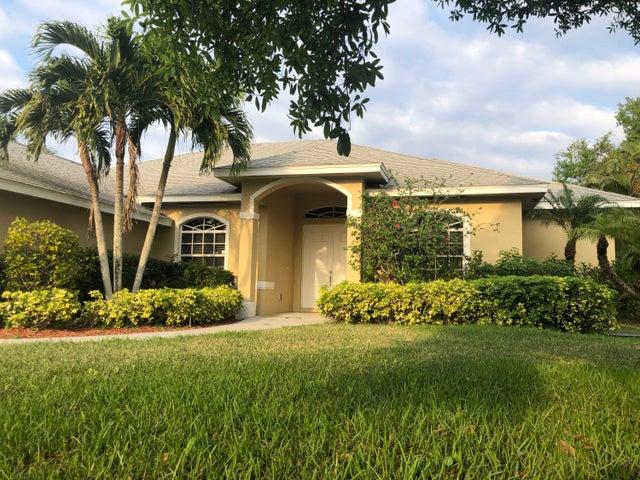 1831 SW Monterrey Lane, Port Saint Lucie, FL 34953