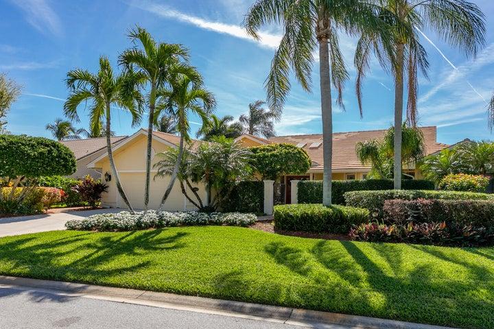 8848 SE Marina Bay Drive, Hobe Sound, FL 33455