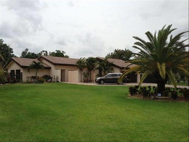 11460 SW 1 Court, Plantation, FL 33325