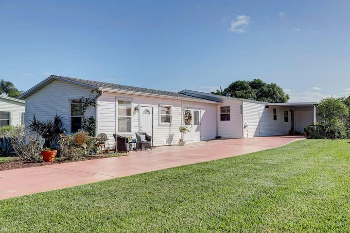 3339 Ironwood Avenue, Port Saint Lucie, FL 34952