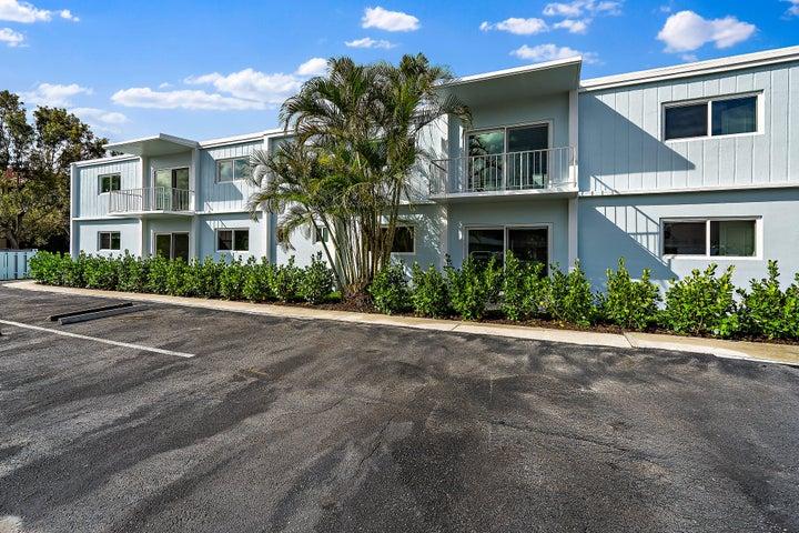 401 Southwind Drive, North Palm Beach, FL 33408