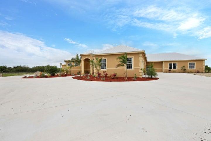 20025 Southern Star Drive, Fort Pierce, FL 34945