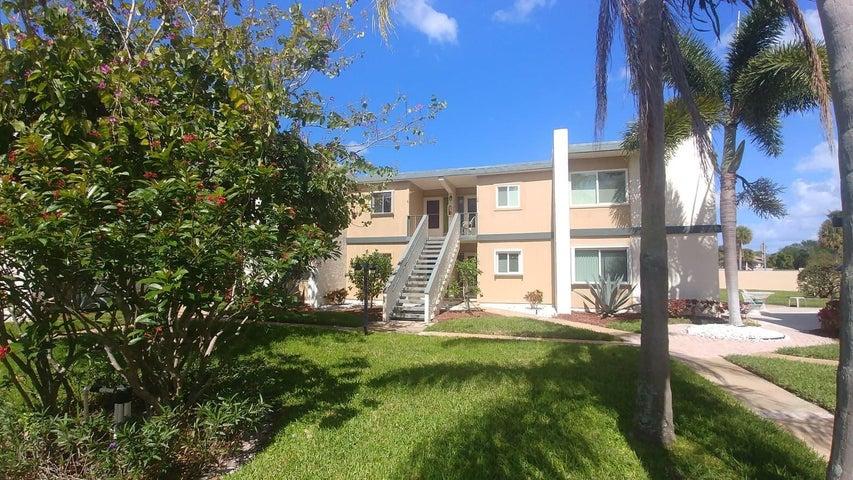 1561 NE 12th Terrace, 9, Jensen Beach, FL 34957