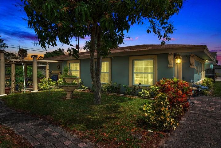 4229 Bougainvillea Street, West Palm Beach, FL 33406