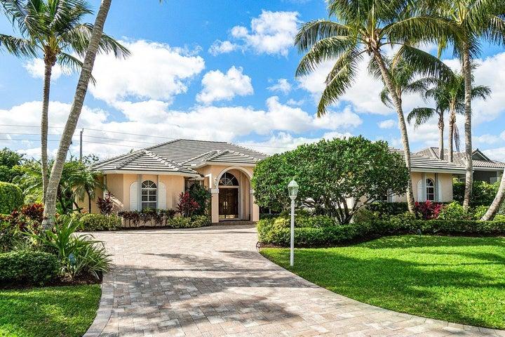 136 Thornton Drive, Palm Beach Gardens, FL 33418
