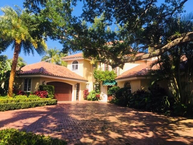 12 EASTWINDS CIRCLE