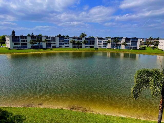 4020 Wolverton A, Boca Raton, FL 33434