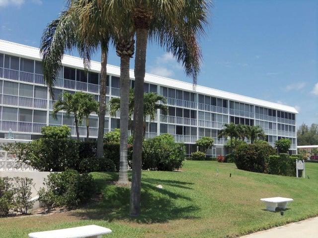 907 Marina Drive, 404, North Palm Beach, FL 33408