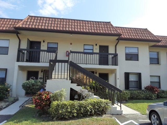 7094 Golf Colony Court, 202, Lake Worth, FL 33467