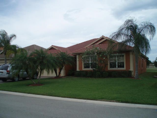 348 NW Sheffield Circle, Port Saint Lucie, FL 34983