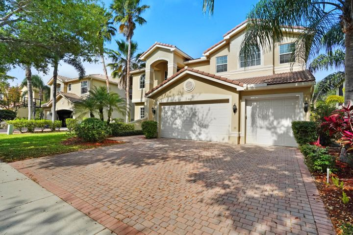 9579 Barletta Winds Pt Point, Delray Beach, FL 33446