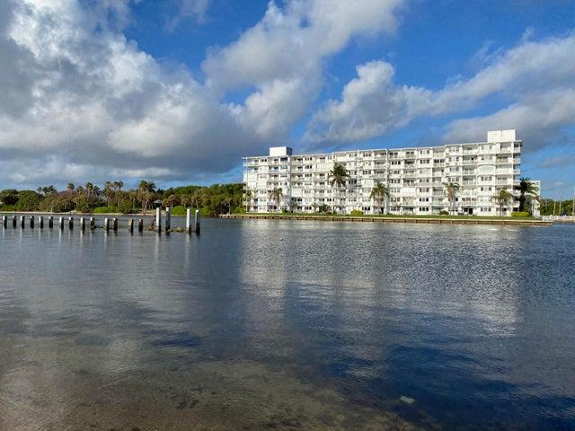 1536 SE 15th Court, 202, Deerfield Beach, FL 33441