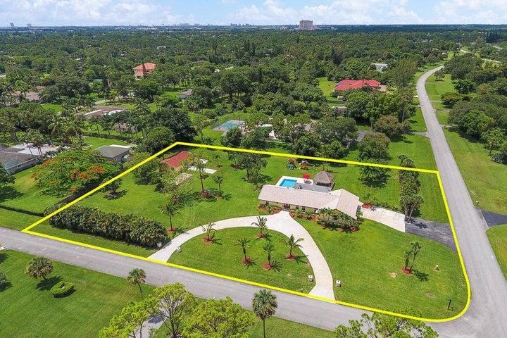 8767 Nashua Drive, Palm Beach Gardens, FL 33418