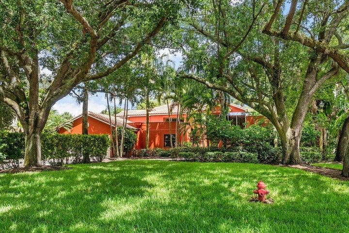 1124 Seagull Park Road N, West Palm Beach, FL 33411