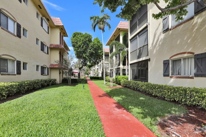 259 S Cypress Road, 522, Pompano Beach, FL 33060