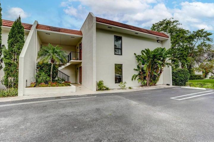 1807 Embassy Drive, 103, West Palm Beach, FL 33401