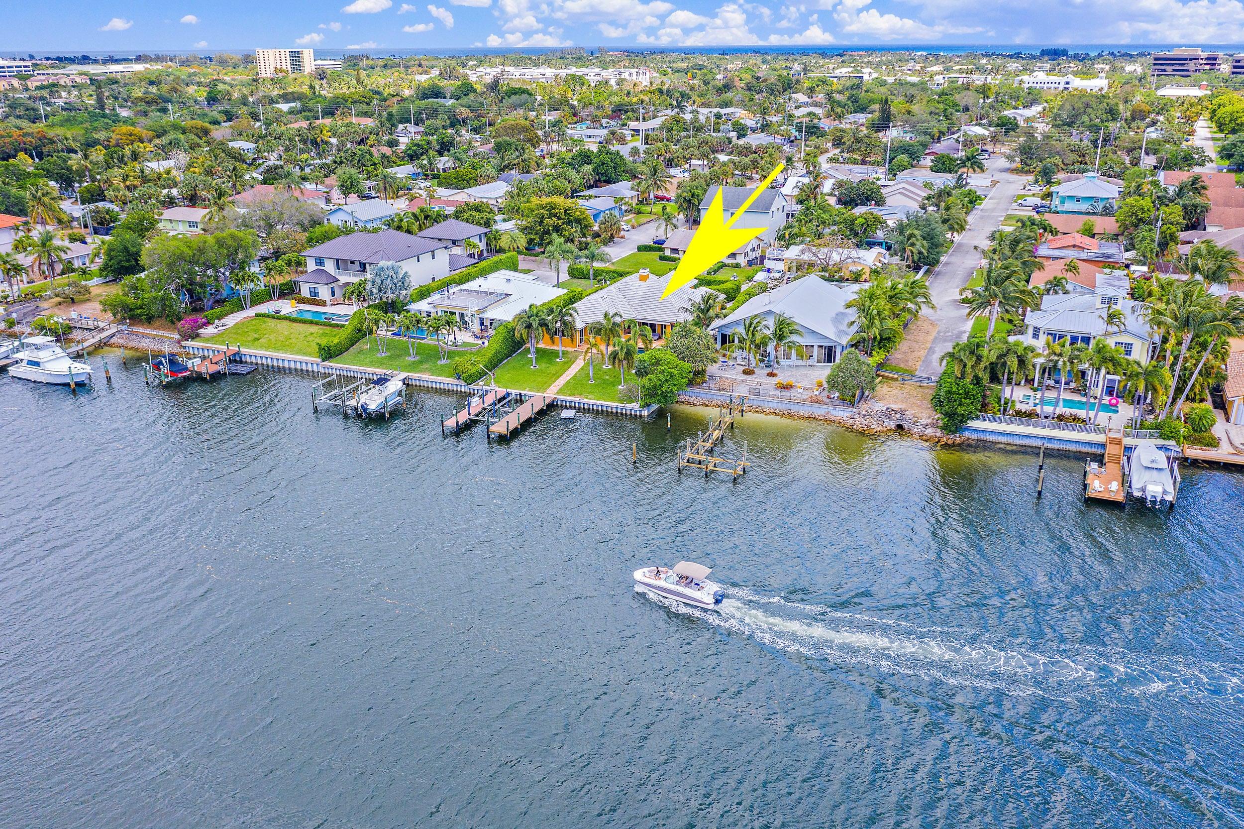 2117 N Suzanne Circle, North Palm Beach, FL 33408
