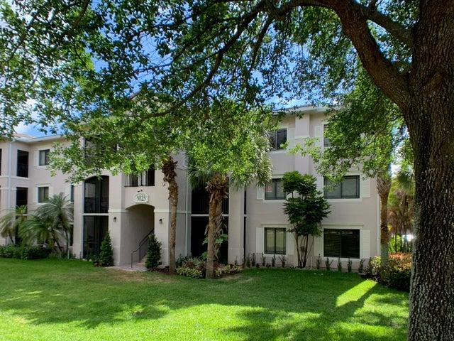 3023 Alcazar Place, 303, Palm Beach Gardens, FL 33410