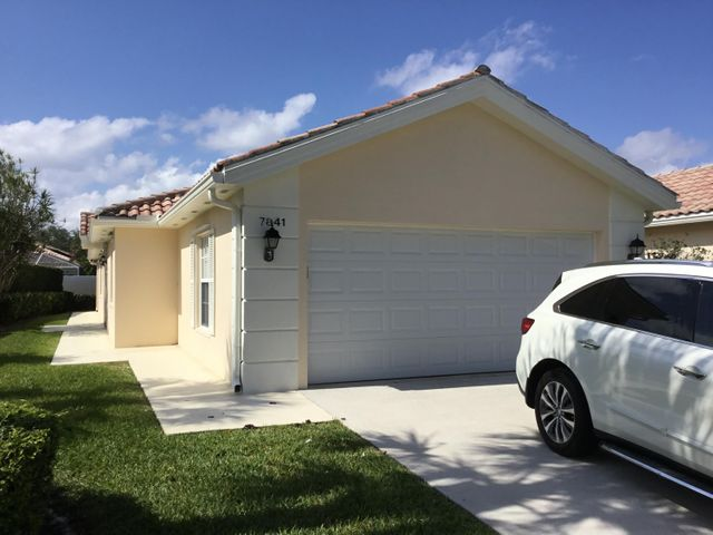 7841 Nile River Road, West Palm Beach, FL 33411