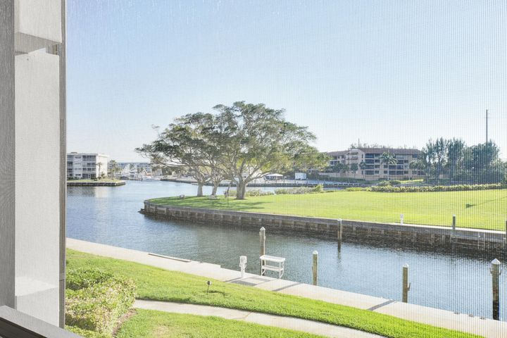 1109 Marine Way E, L2r, North Palm Beach, FL 33408