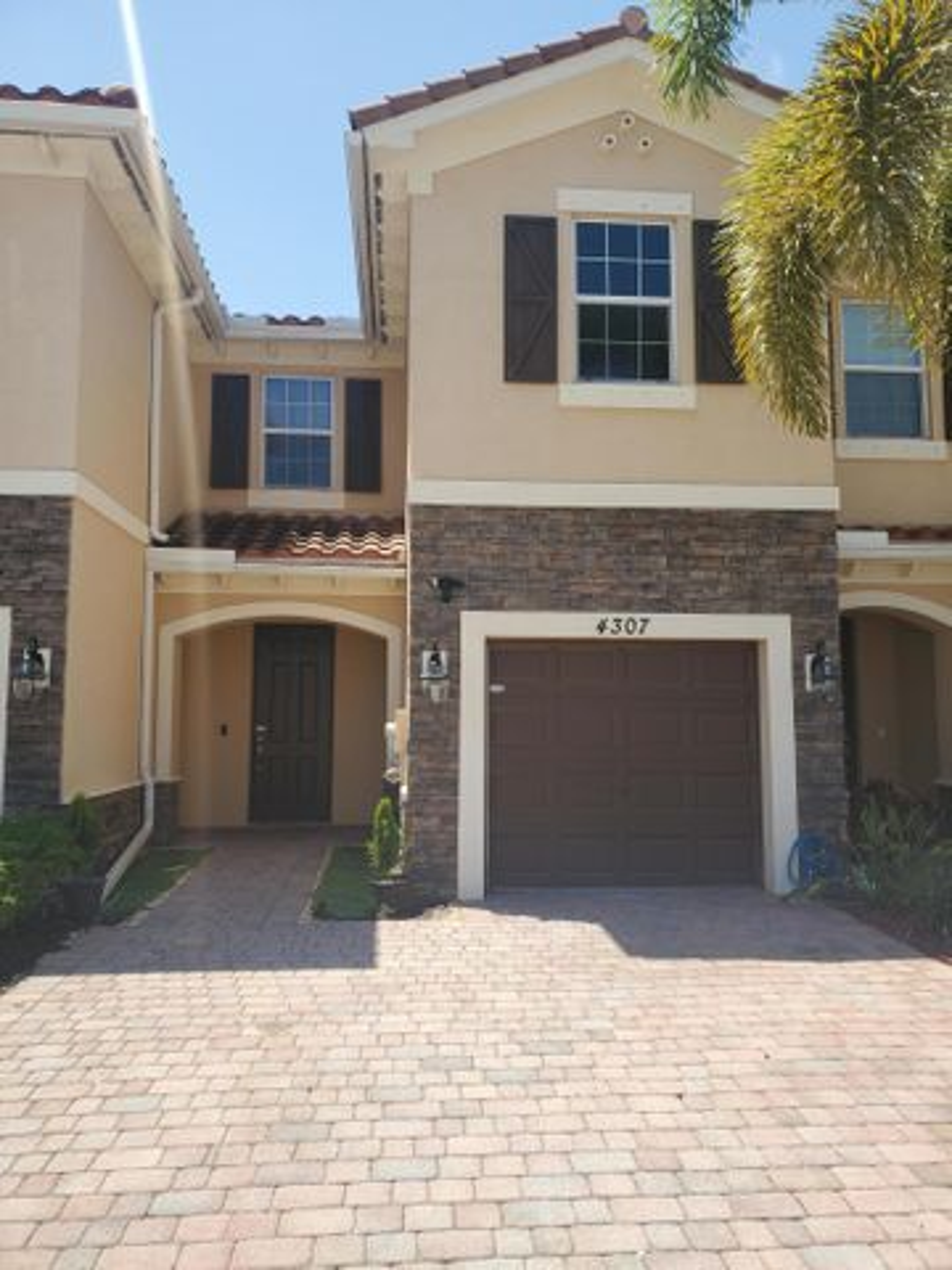4307 Chalmers Lane, West Palm Beach, FL 33417