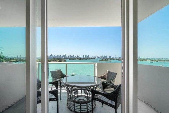1200 West Avenue, Ph25, Miami Beach, FL 33139
