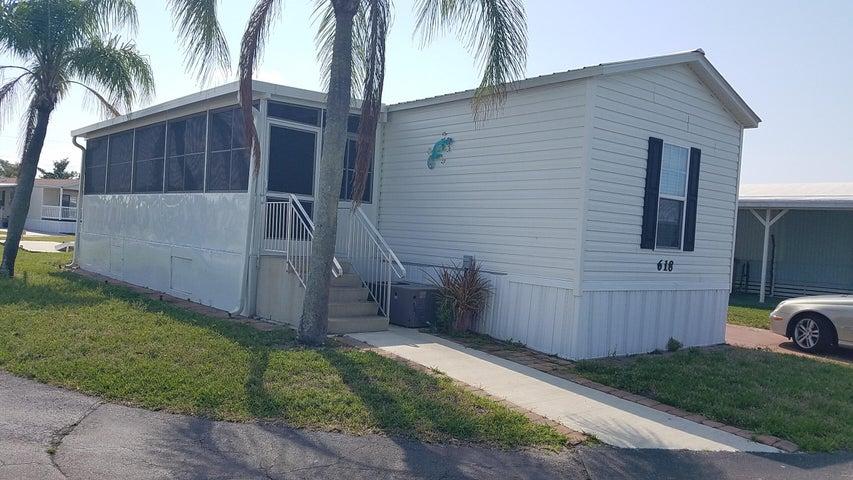618 NE Tahiti Way, Jensen Beach, FL 34957