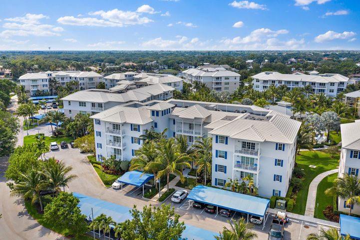 931 Bay Colony Drive S, Juno Beach, FL 33408