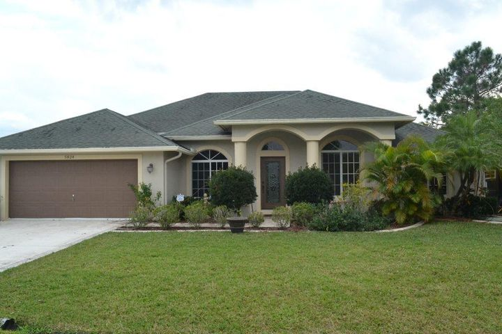 5824 NW Cullom Circle, Saint Lucie West, FL 34986