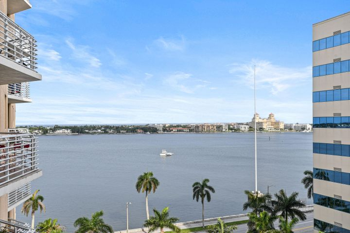 Watch the sunrises and boats go by on the intracoastal