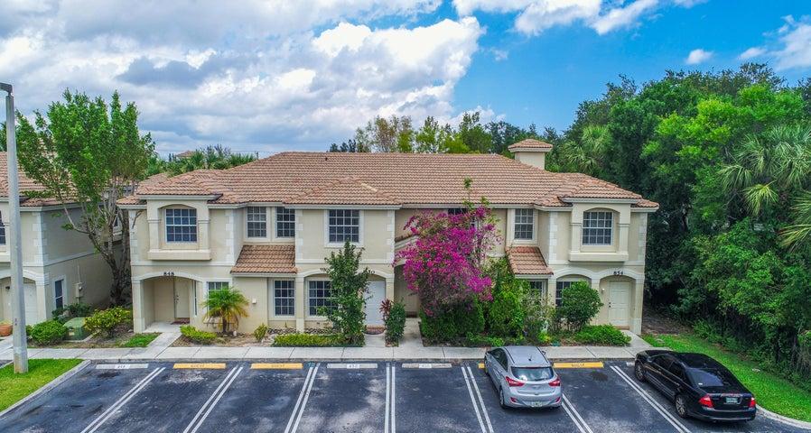 852 Summit Lake Drive, West Palm Beach, FL 33406