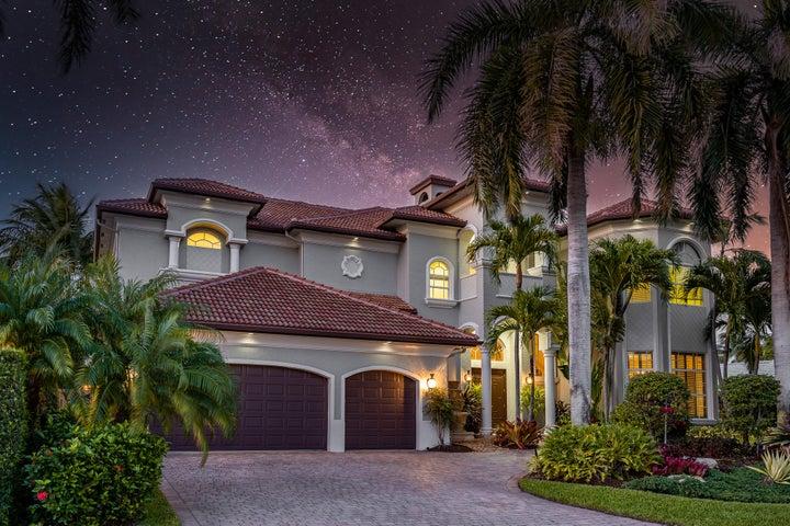 945 Banyan Drive, Delray Beach, FL 33483