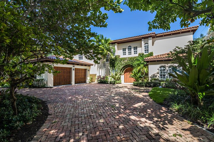 2418 S Olive Avenue, West Palm Beach, FL 33401