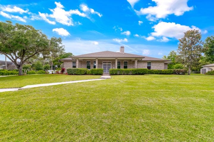3903 Promenade Way, Fort Pierce, FL 34982