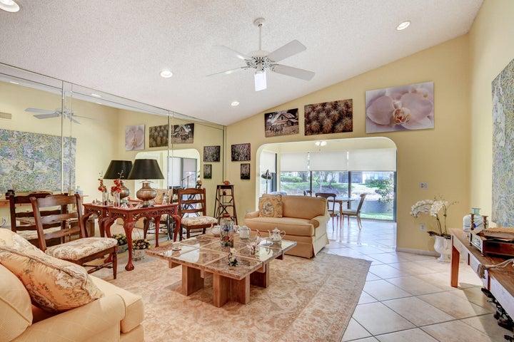 43 Stratford Lane, A, Boynton Beach, FL 33436