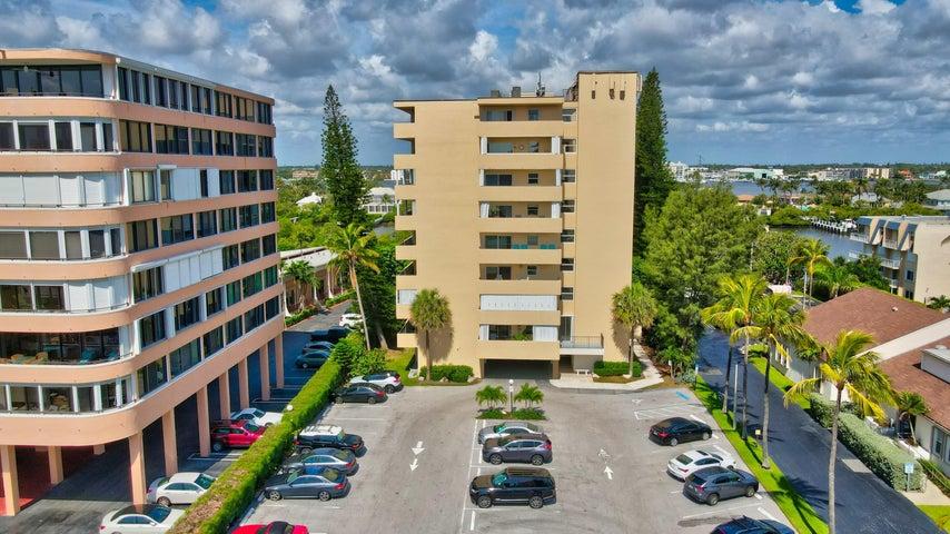 3581 S Ocean Boulevard, 9d, South Palm Beach, FL 33480