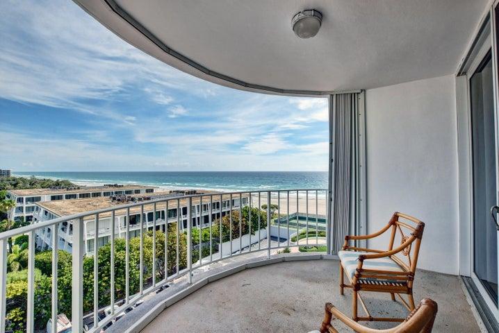 2295 S Ocean Boulevard, 821, Palm Beach, FL 33480