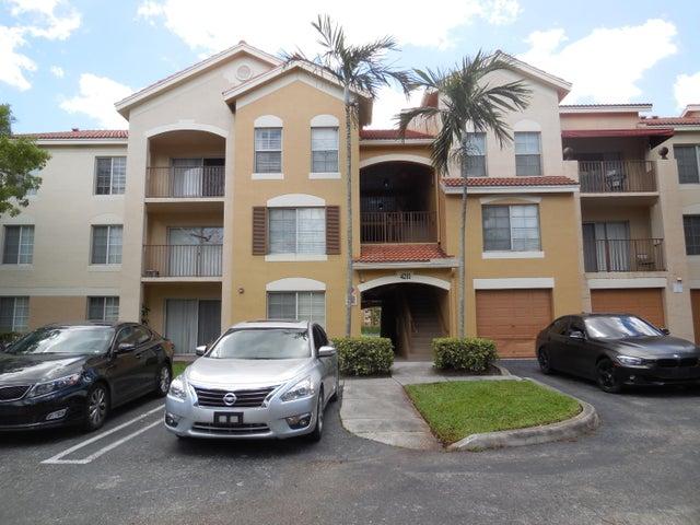 4211 San Marino Boulevard, 307, West Palm Beach, FL 33409