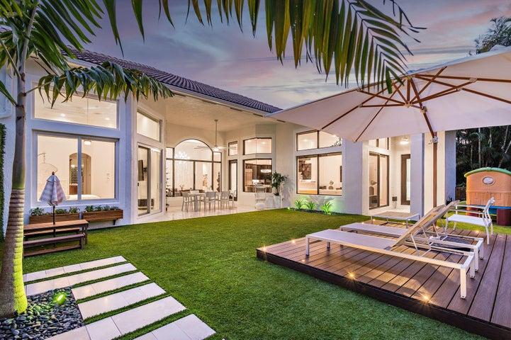 15986 Rosecroft Terrace, Delray Beach, FL 33446