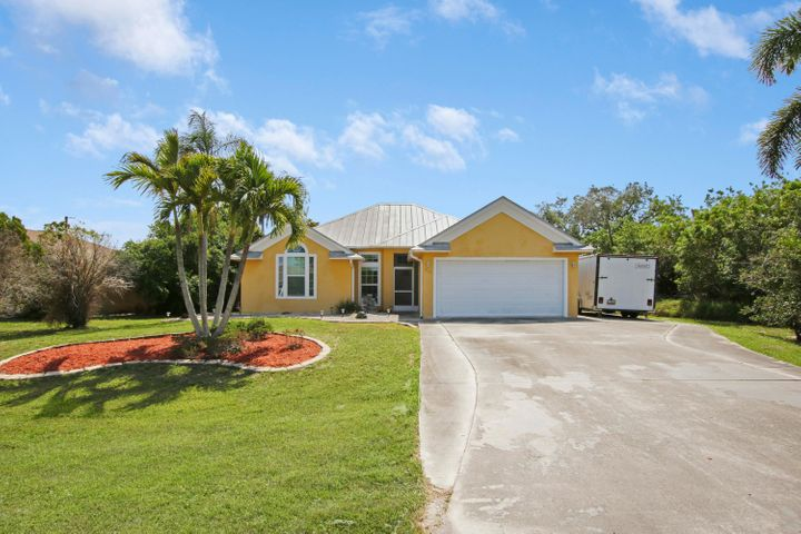 715 SW Hogan Street, Port Saint Lucie, FL 34983