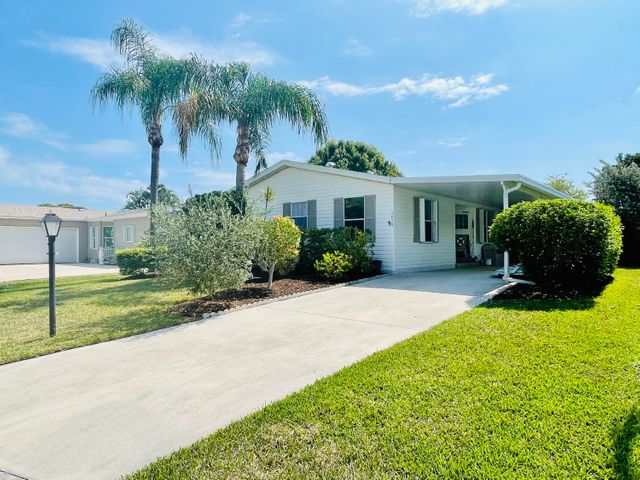 3828 Hydrilla Court, Port Saint Lucie, FL 34952