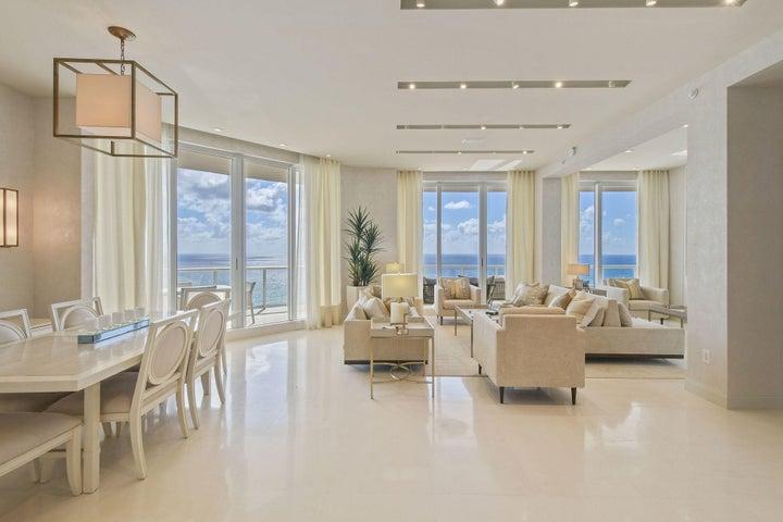 2700 N Ocean Drive, Lph4b, Riviera Beach, FL 33404