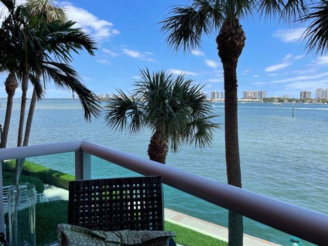 2640 Lake Shore Drive, 208, Riviera Beach, FL 33404