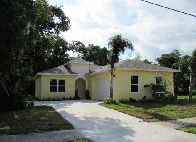 124 N 12th Street, Fort Pierce, FL 34950