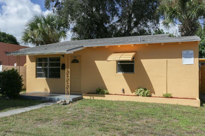 3219 Windsor Avenue, West Palm Beach, FL 33407