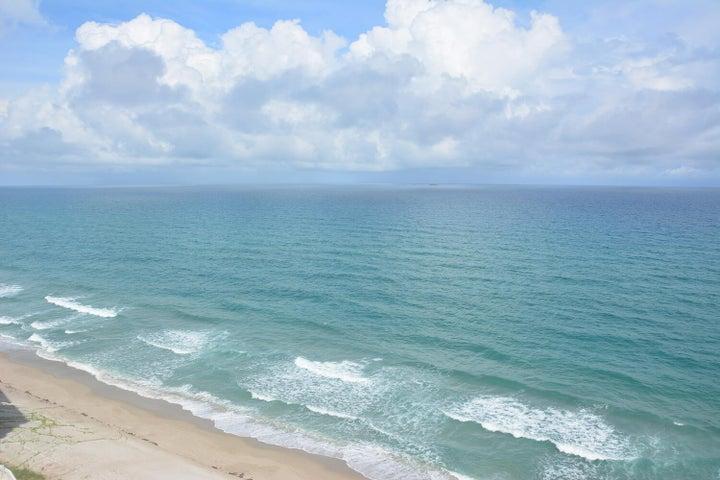 5200 N Ocean Drive, 601, Singer Island, FL 33404