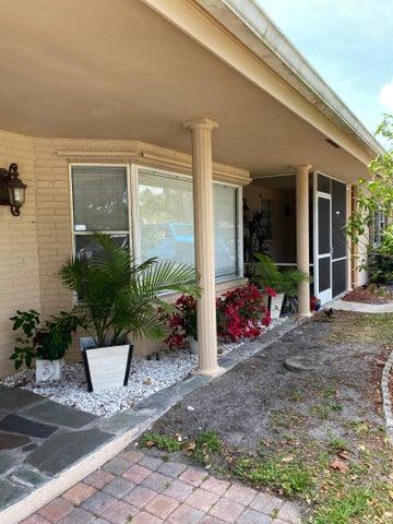 2082 S Conference Drive, Boca Raton, FL 33486