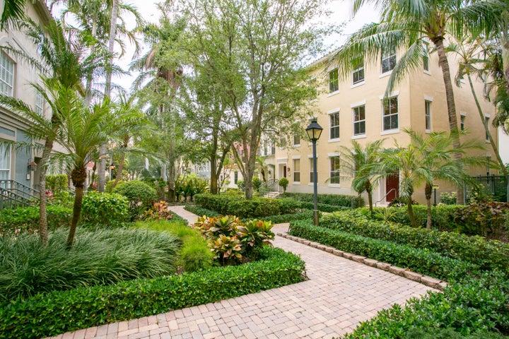 682 Fern Street, West Palm Beach, FL 33401