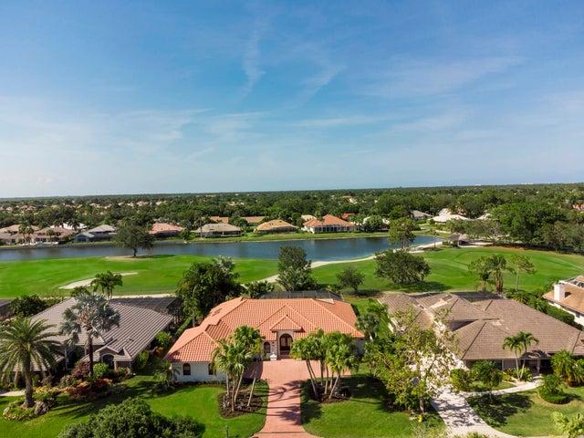 4 Sheldrake Lane, Palm Beach Gardens, FL 33418