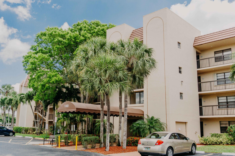 140 Lake Nancy Lane, 312, West Palm Beach, FL 33411